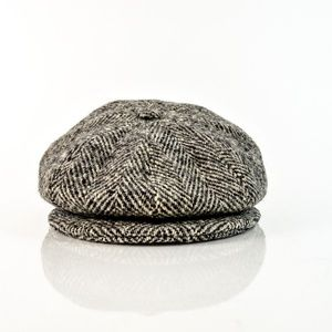 Moessmer Moahir Wool Flat Hat Gray Black Buttons L